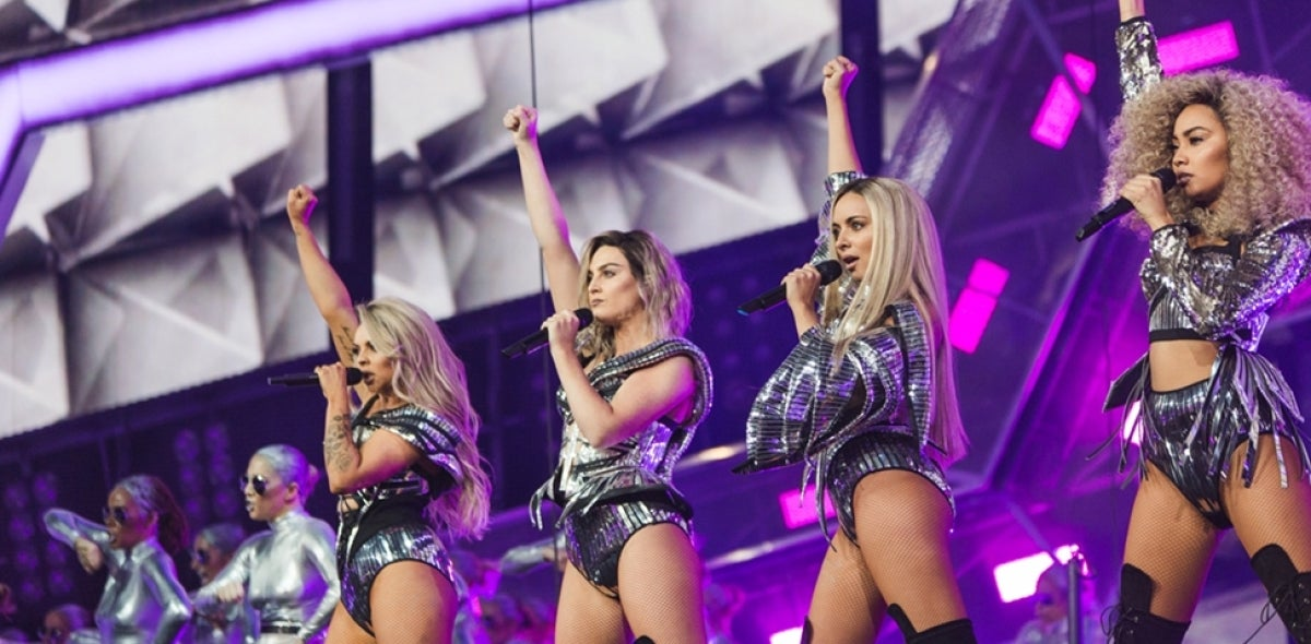 Actuación de Little Mix en los BRIT Awards 2017