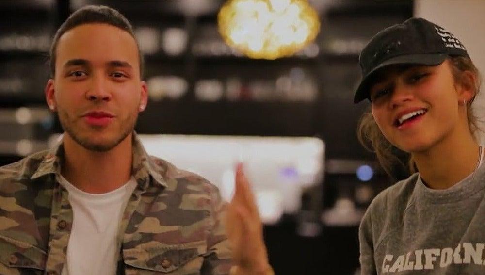 Prince Royce y Zendaya en el estudio