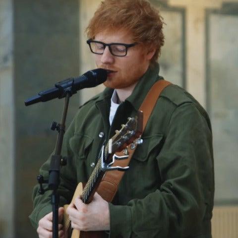 Ed Sheeran versiona 'Love Yourself' de Justin Bieber