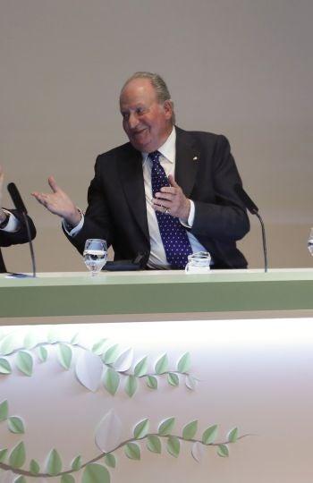 Francisco Luzón con el Rey Juan Carlos y la Reina Sofía