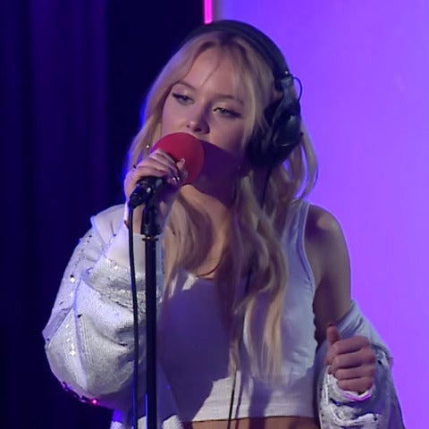 Zara Larsson canta 'All Night' de Beyoncé