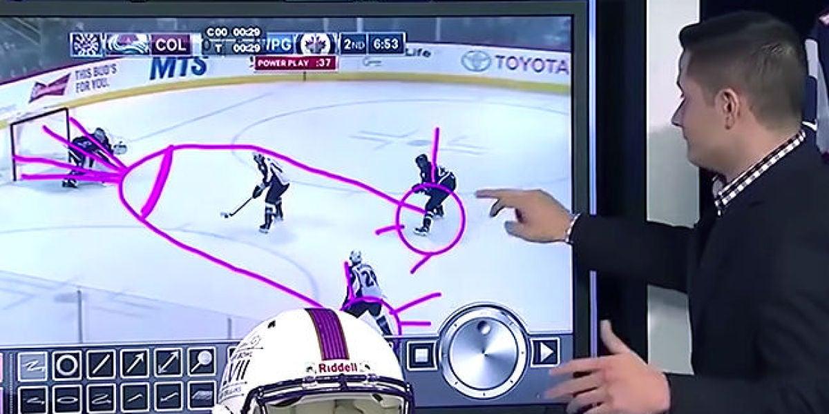 Quería dibujar una jugada de hockey y acaba dibujando un pene en directo
