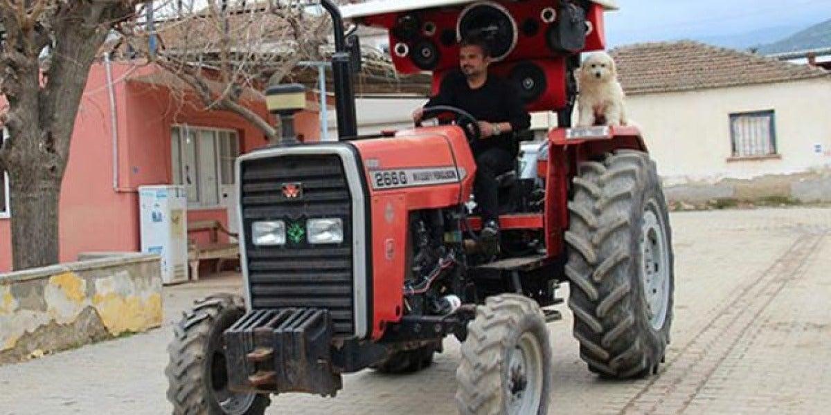 Convierte su tractor en una discoteca
