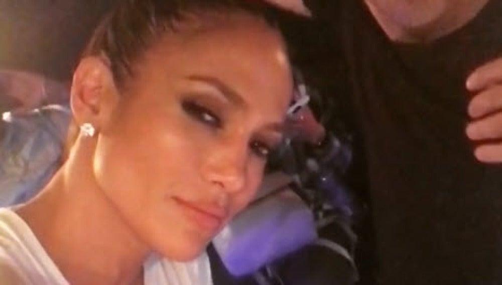 Jennifer Lopez en el estudio de grabación