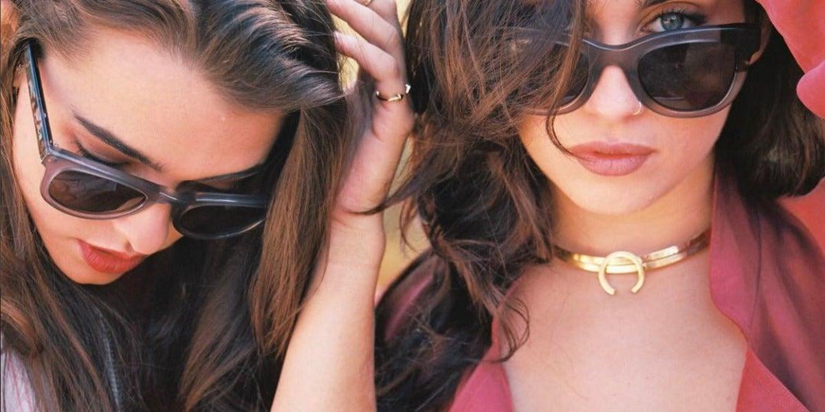 Lucy Vives y Lauren Jauregui