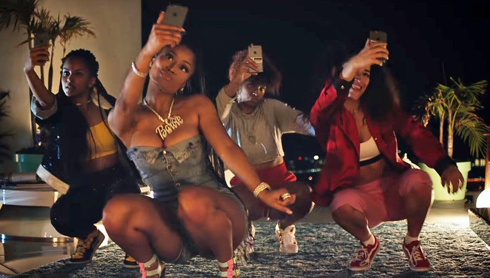 Nicki Minaj en el vídeo de 'Run Up'
