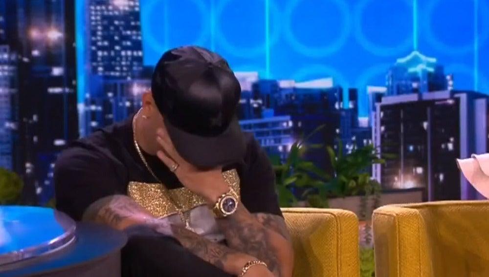 Wisin llora al recordar a su hija en un programa de televisión