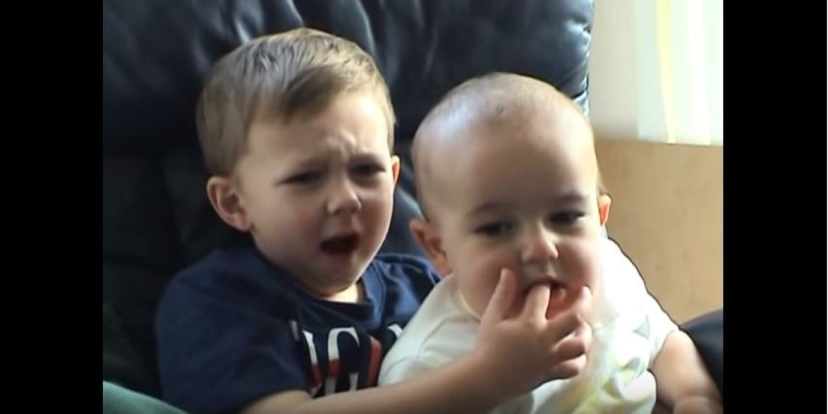 Los hermanos del viral 'Charlie bit my finger'
