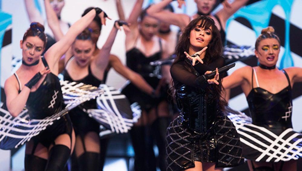 Camila Cabello en los iHeartRadio MMVAs