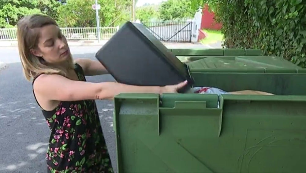 Los menores de 35 años son los que más comida tiran a la basura