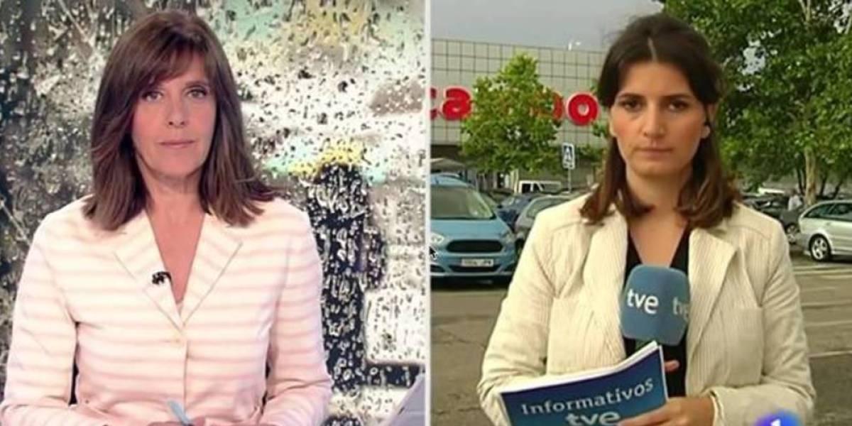 La reportera Mar Chércoles en directo para el Telediario 2 de TVE