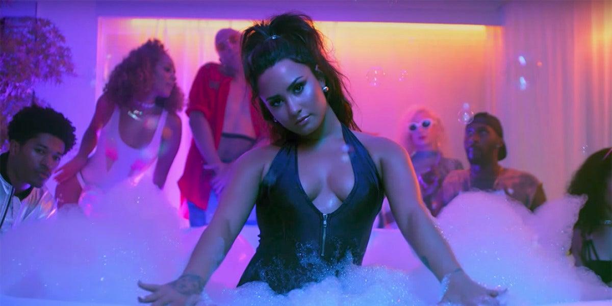 Demi Lovato en el videoclip de 'Sorry Not Sorry'