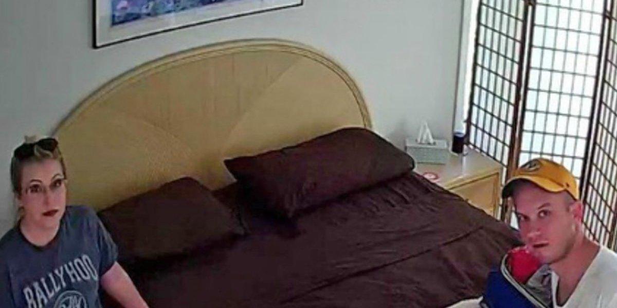 Una pareja descubre que ha sido grabada en el apartamento alquilado
