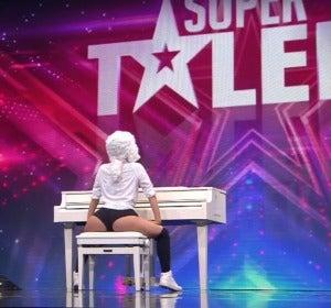 Sara Seifert en el programa Super Talent