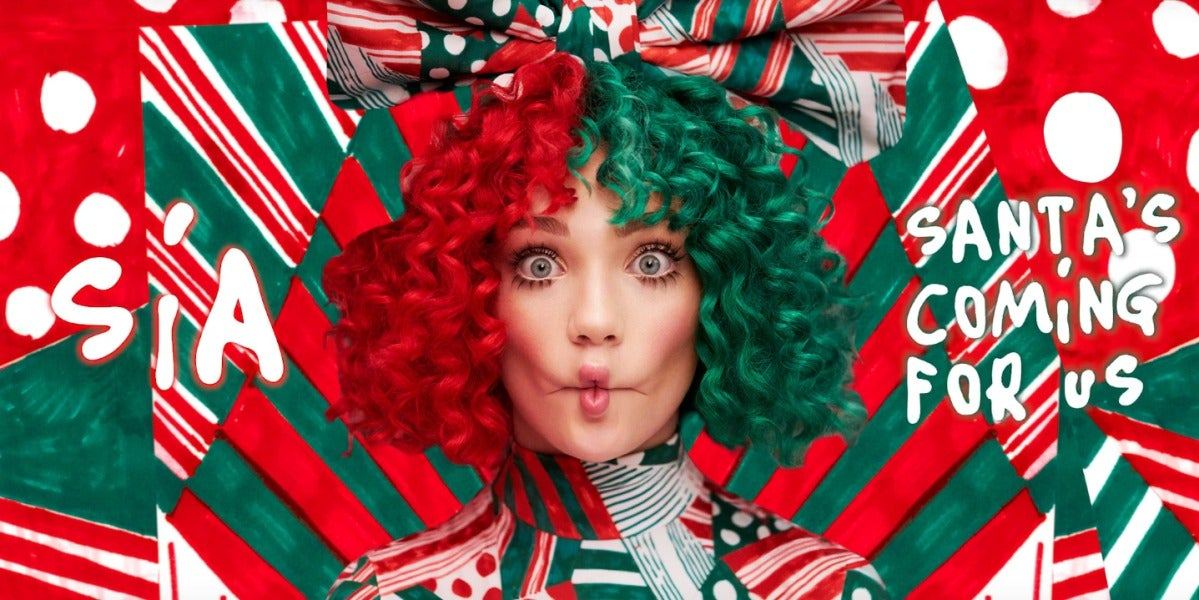 """Sia nos regala la alegre canción de Navidad """"Santas Coming For Us"""""""