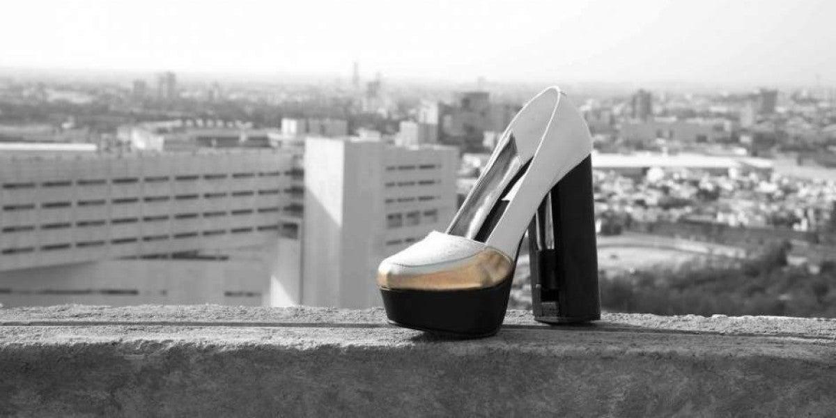 Tacones con gas pimienta para frenar la violencia de género en México