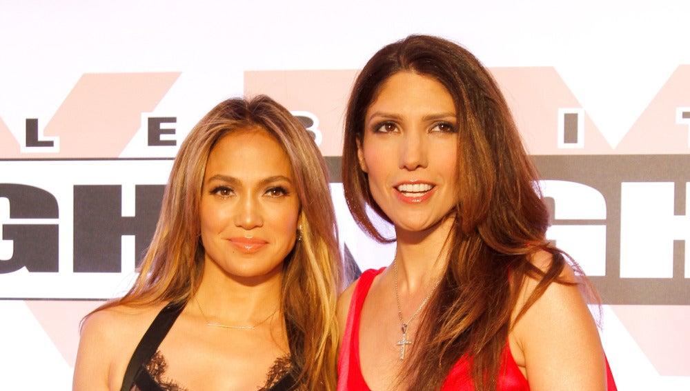 Jennifer Lopez junto a su hermana Lynda Lopez