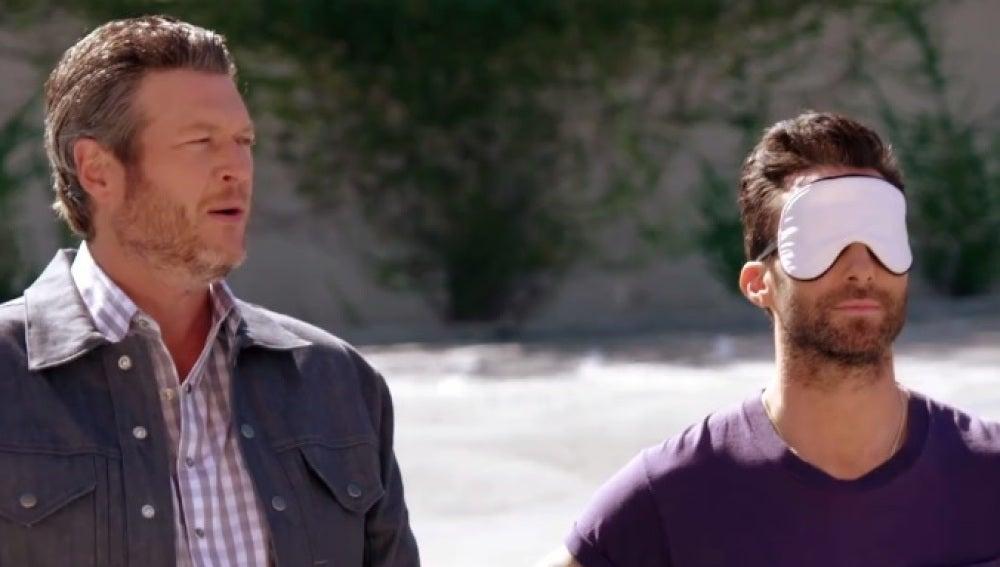 Blake Shelton y Adam Levine