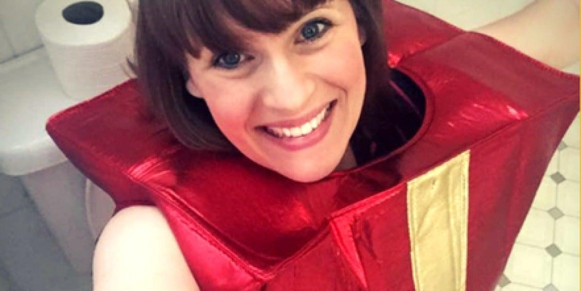 Un selfie diario sentado en el retrete: el último reto viral por una buena causa
