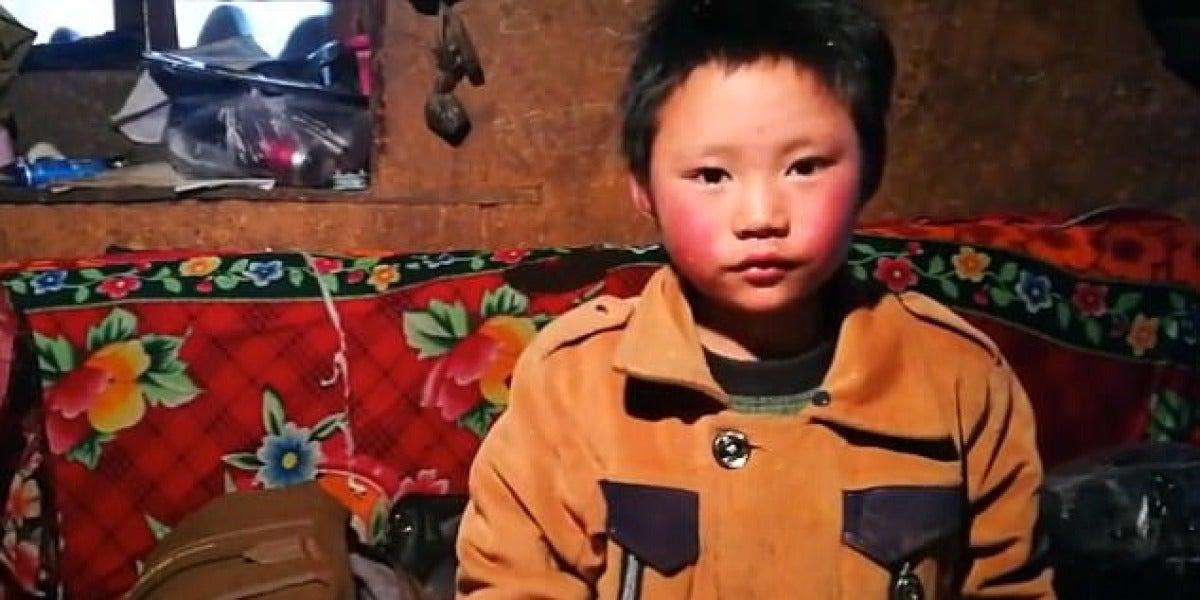 Wang Fuman vive con su abuela y hermana mayor en una zona rural del sur de China