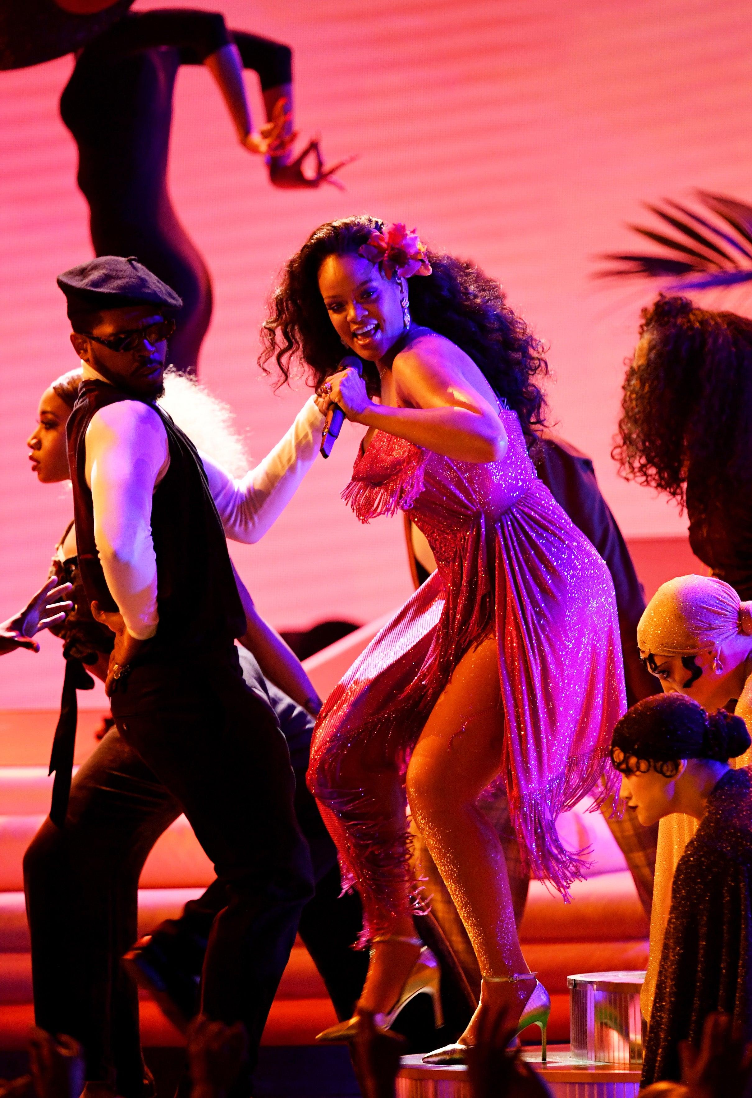 Aprende a bailar como Rihanna el \'Gwara Gwara\', el baile africano ...