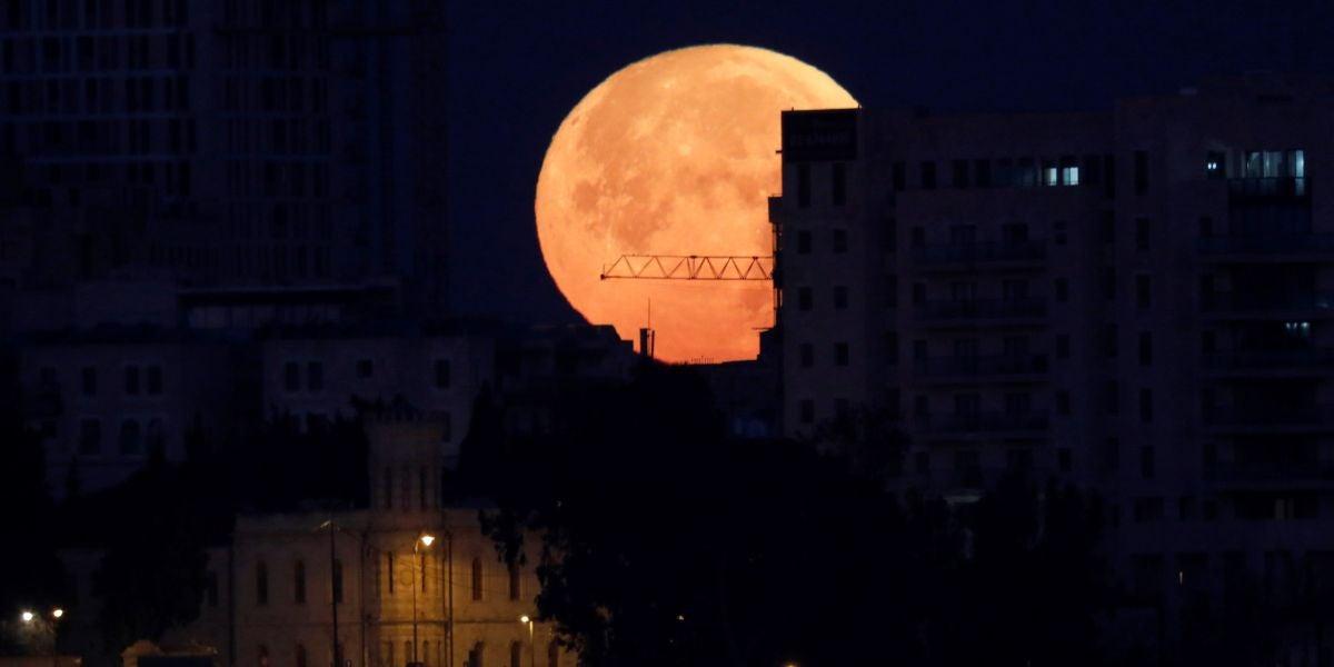 Eclipse total de superluna azul (31-01-2018)