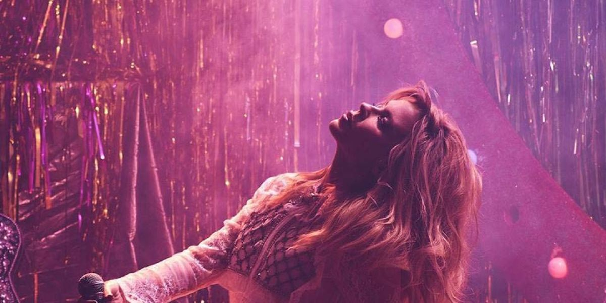 "Kylie Minogue estrena el video para su sencillo ""Dancing"""