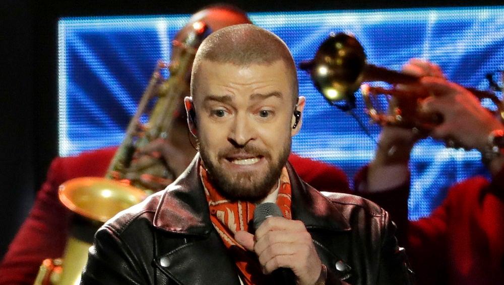 Justin Timberlake durante su actuación en la Super Bowl 2018
