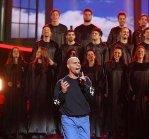 Miquel Fernández vuela alto como R. Kelly con 'I believe I can fly'