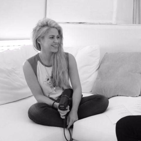 Shakira y Maluma cantan 'Trap' en el estudio