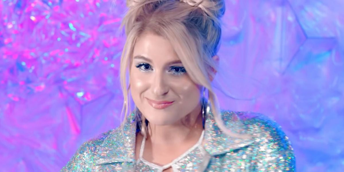 Meghan Trainor en el vídeo de 'No Excuses'
