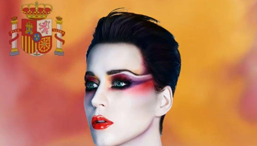 Katy Perry con el escudo de España