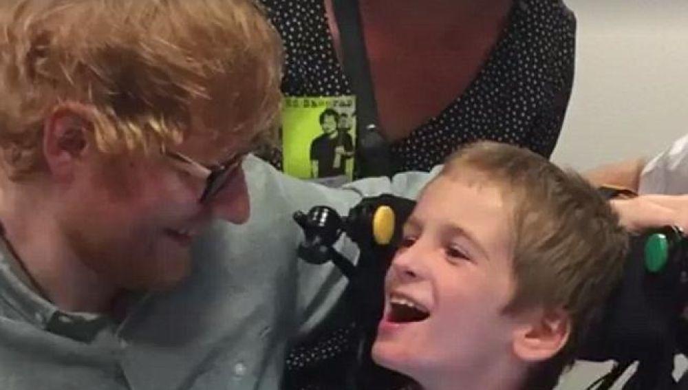 Ed Sheeran con Cal, un fan de nueve años