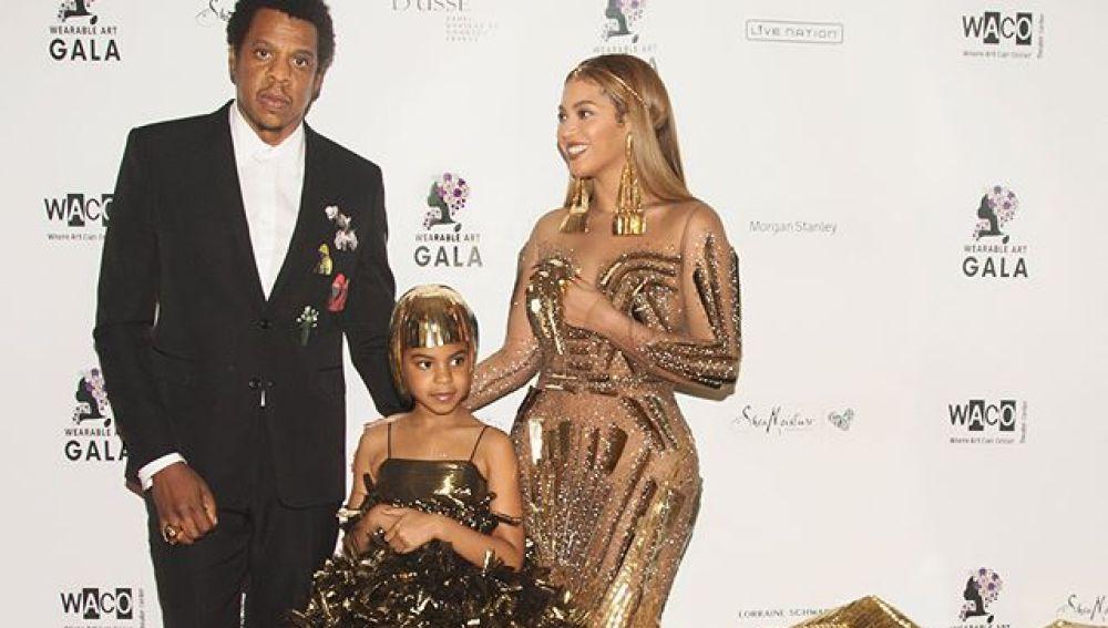 Jay Z, Blue Ivy y Beyoncé en la Wereable Art Gala 2018