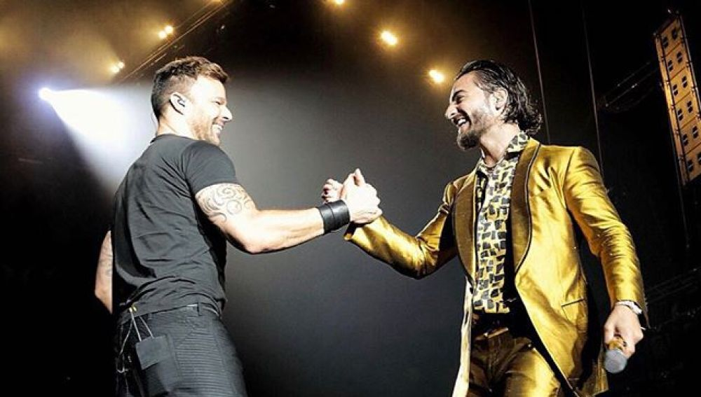 Maluma invita a Ricky Martin a su concierto de Los Ángeles