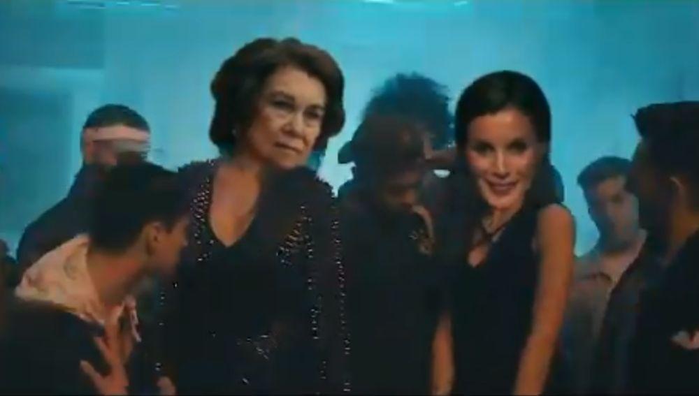 La parodia de 'Lo Malo' protagonizada por las reinas Letizia y Sofía