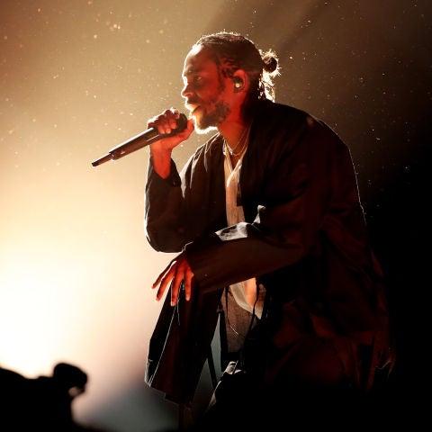 Kendrick Lamar durante su actuación en los Grammy 2018