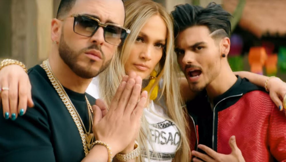 Yandel, Jennifer Lopez y Abraham Mateo en el vídeo de 'Se acabó el amor'