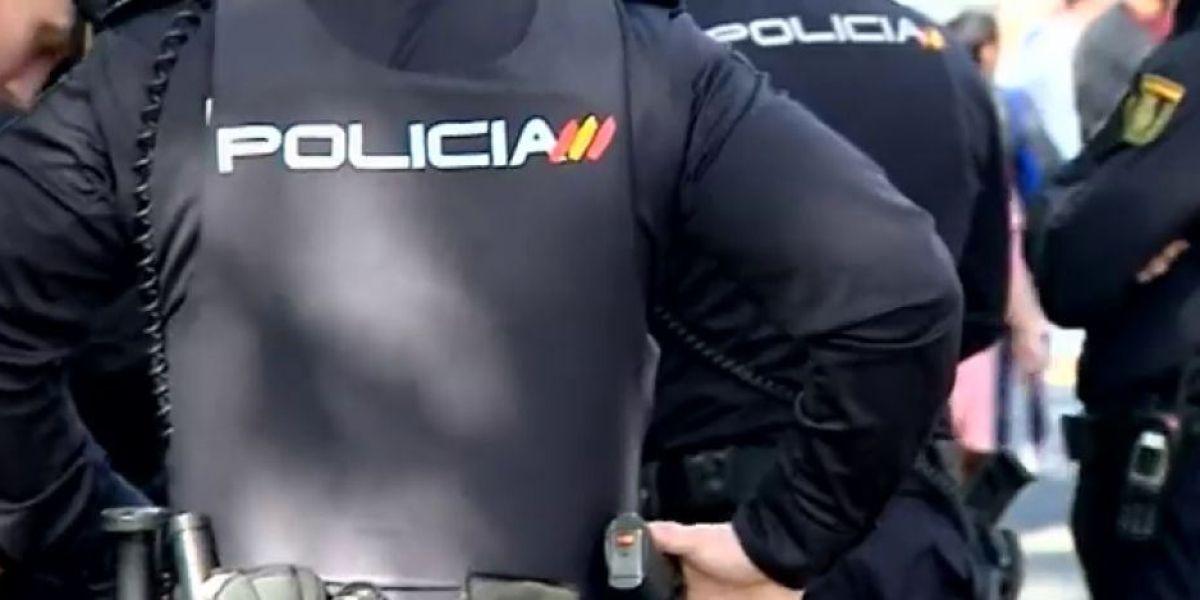 Imagen de archivo de varios policías