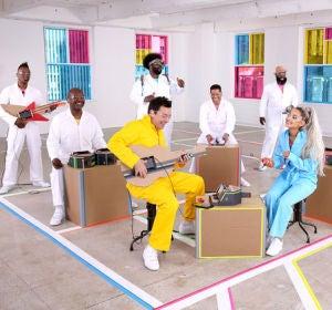 Ariana Grande y Jimmy Fallon