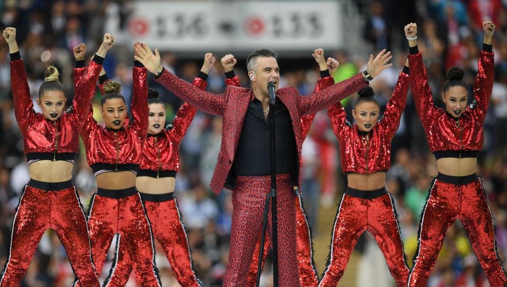 Robbie Williams durante su actuación en la inauguración del Mundial de Rusia 2018