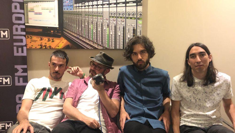 Los chicos de Vetusta Morla en Europa FM