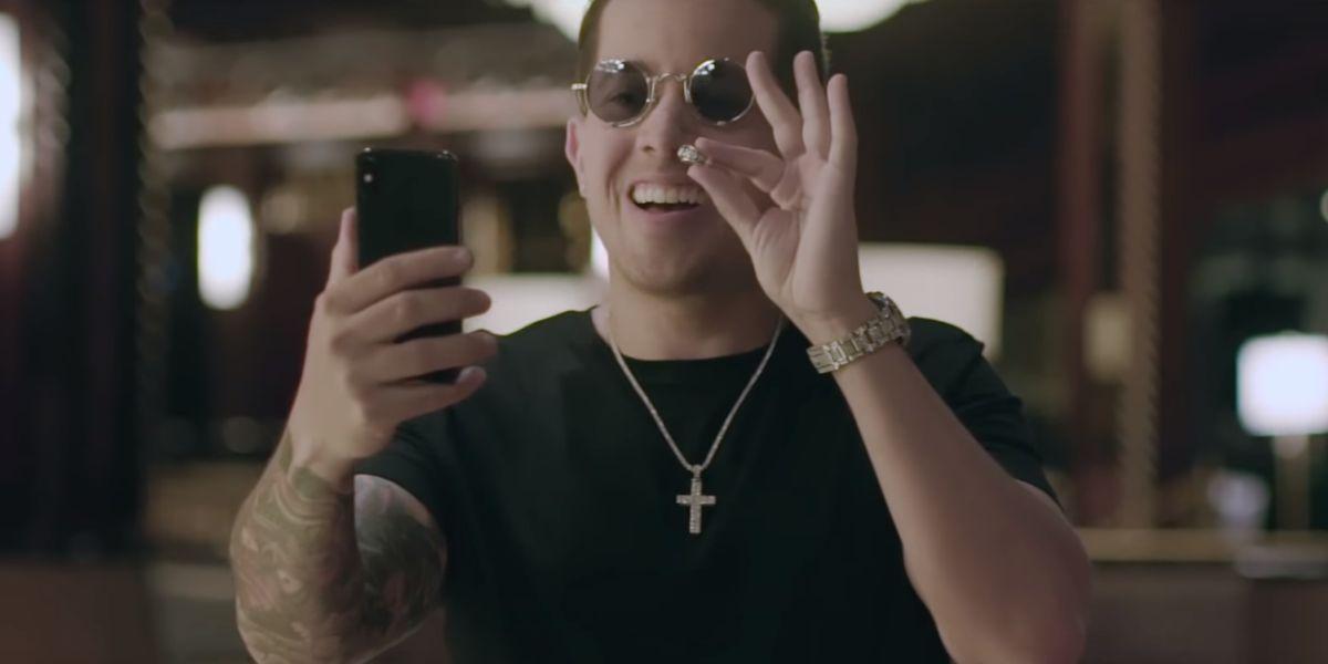 De La Ghetto en el videoclip de 'Todo el amor'