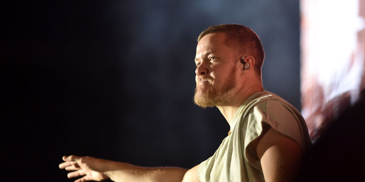 Dan Reynolds durante un concierto de Imagine Dragons