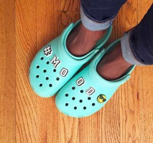 Crocs azules