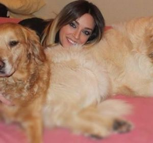 Anna Simon con sus perros
