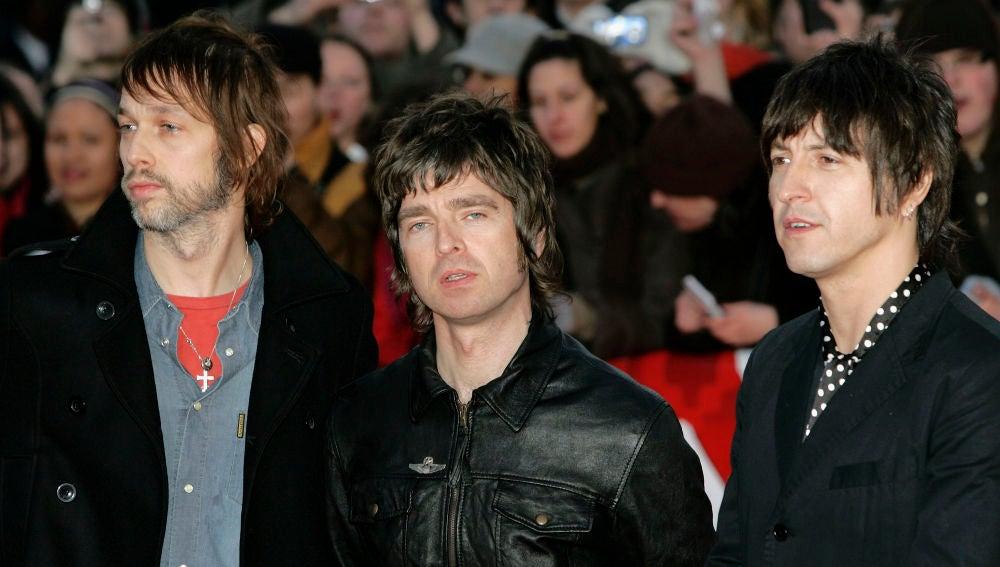 Oasis en los Brit Awards 2007