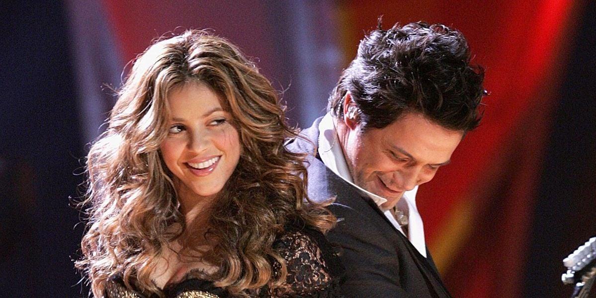 Shakira y Alejandro Sanz durante su actuación en los Grammy 2006