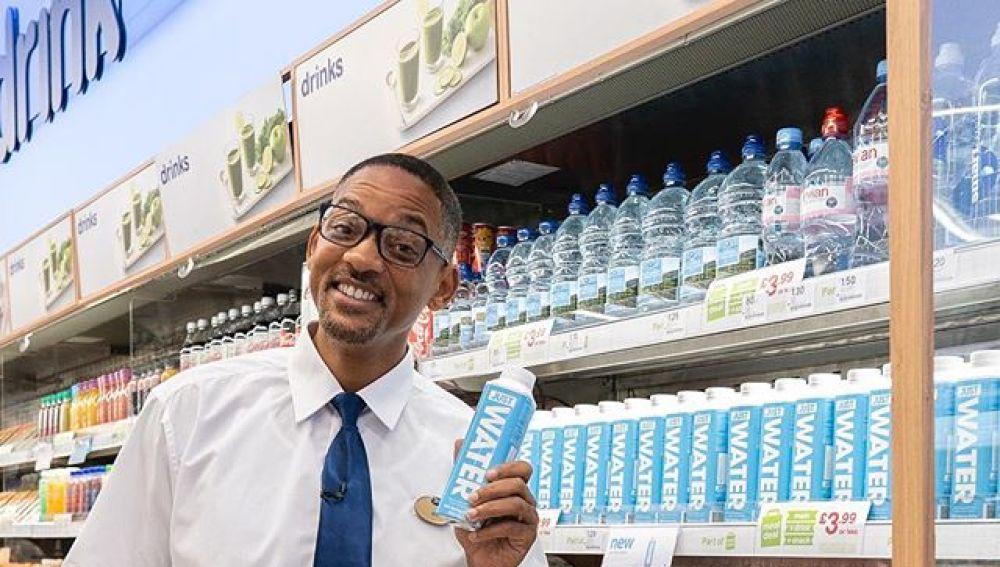 Will Smith convertido en un dependiente de farmacia
