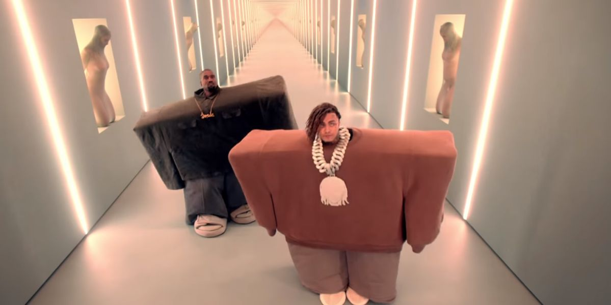 Kanye West en el videoclip de 'I Love It'